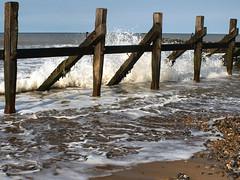 The breakwater - West Runton, Norfolk. 16 May 2016 (ricsrailpics) Tags: uk sea waves norfolk spray breakwater 2016 westrunton