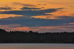 IMG_8999-1 (Andre56154) Tags: sunset sky sun lake water clouds see wasser sonnenuntergang sweden schweden himmel wolken ufer sonne afterglow schren