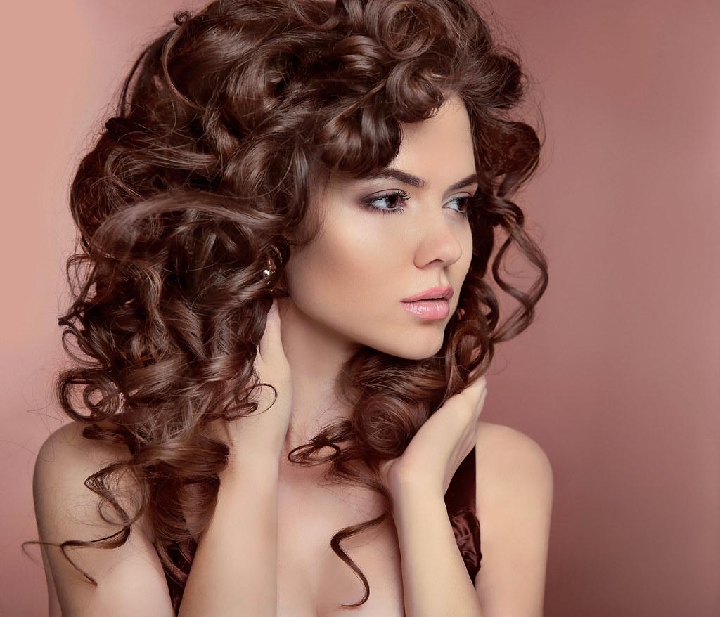 Curly facial hair-2819