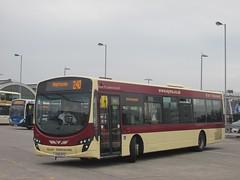 East Yorkshire 367 YX10EYS Hull Interchange on 240 (1280x960) (dearingbuspix) Tags: eastyorkshire 367 eyms yx10eys