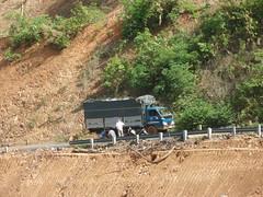 ĐOẠN ĐƯỜNG BỊ HƯ DO MƯA (giangphuc1961@yahoo.com.vn) Tags: ea rbin xã lăk huyện đăklak tỉnh
