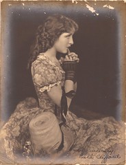 Ruth Clifford (The Loudest Voice) Tags: 1920s portrait film hat vintage actress silentfilm fingerlessgloves ruthclifford