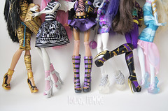 Favorite Monster High Shoes (loveFEMME) Tags: favorite shoes doll spectra monsterhigh clawdeenwolf cleodenile rochellegoyle dotdlagoona