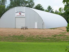 steel-buildings-indoor-pole-vaulting-facility-q-model