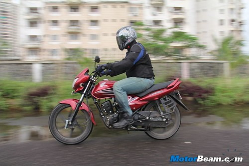 Honda-Dream-Yuga-07