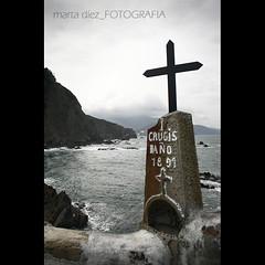 _Via Crucis_ ([marta díez . fotografía]) Tags: marina mar vizcaya paisvasco cantabrico viacrucis costavasca sanjuandegaztelugatze