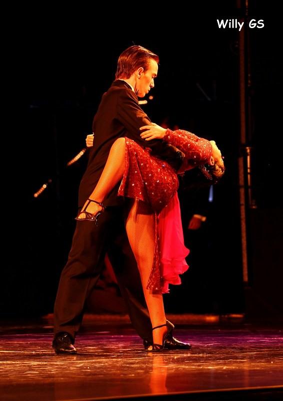 Ases Calientes 2: Baile de asesinos 2010 Veo Online