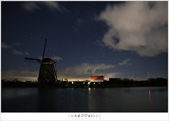 Kinderdijk at nightfall (1D131596) (nandOOnline) Tags: cloud holland mill water windmill night landscape star evening twilight wind nacht nederland planet jupiter avond dijk kinderdijk molen landschap schemering lightpollution wolk ster zuidholland reflectie watermolen gemaal planeet pleiaden zholland lichtvervuiling zevengesternte