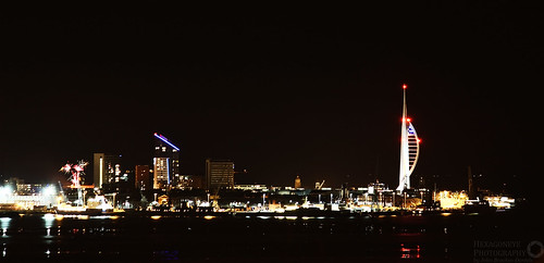 Looking across at Portsmouth at NightModel - Canon EOS 650D ExposureTime - 20 seconds FNumber - 5.60 ISOSpeedRatings - 100 FocalLength - 200 mm
