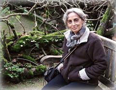 Lady in a woody nook (Franco DAlbao) Tags: portrait woman mujer photographer retrato galicia elena vigo fotgrafa castrelos nikond60 dalbao francodalbao goldencrotalo nikkorlens1855
