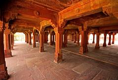 Fatehpur Sikri Palace 103 (David OMalley) Tags: india muslim islam agra palace mosque pilgrimage akbar masjid allah islamic pradesh fatehpur sikri muhammed uttar jama darwaza buland sikari vijaypur