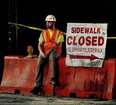 Worker (AgoInUnPagliaio_NeedleInAhaystack OFF) Tags: ny newyork worker