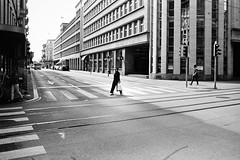 smart follower (gato-gato-gato) Tags: street leica bw white black film blanco monochrome analog 35mm person schweiz switzerland flickr noir suisse strasse zurich negro streetphotography pedestrian rangefinder human streetphoto monochrom zrich svizzera weiss zuerich blanc ilford m6 manualfocus analogphotography schwarz ch onthestreets passant mensch sviss leicam6 zwitserland isvire zurigo filmphotography streetphotographer homedeveloped fussgnger manualmode zueri strase filmisnotdead streetpic messsucher manuellerfokus gatogatogato fusgnger leicasummiluxm35mmf14 gatogatogatoch wwwgatogatogatoch streettogs believeinfilm tobiasgaulkech