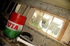 Dpt d'huile (B.RANZA) Tags: trace histoire waste sanatorium hopital empreinte exil cmc patrimoine urbex disparition abandonedplace mmoire friche centremdicochirurgical