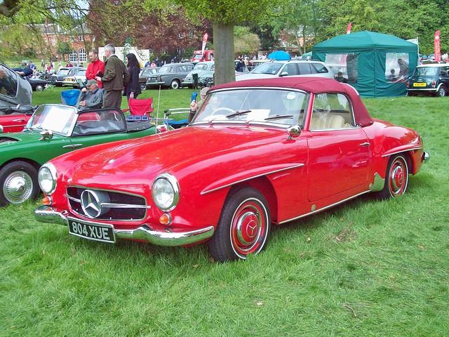 231 Mercedes 190SL (1960)