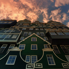 Much of a Dutchness: the Hotel Inntel Zaandam (Bn) Tags: houses windows roof sky sunlight holland building rooftop netherlands dutch station architecture fairytale clouds buildings fun hotel wooden topf50 colorful day cloudy designer room centre traditional famous blues railway landmark structure tricks odd greens looks historical balance sight mad gables architects topf100 iconic impressive delightful zaandam maverick pileup zaan molenaar weirdest 100faves 50faves dutchness 160rooms inntel provincialeweg102 vanderwinden 85151