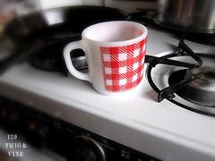 129_twig_and_vine_coffe_cup (one29_twigandvine) Tags: red coffee adirondacks mug sueschlabach