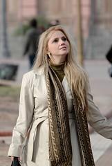 La contemplacion (carlos_ar2000) Tags: street portrait sexy argentina girl beauty calle mujer buenosaires pretty chica dof retrato gorgeous linda blonde montserrat rubia bella mirada glance wman