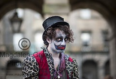 Sadness of a Clown - Royal Mile - Edinburgh Festival 2012 (Magdalen Green Photography) Tags: portrait sadness scotland cool edinburgh clown scottish royalmile actor performer sadface edfringe edfest 6306 iaingordon magdalengreenphotography edinburghfestival2012 sadnessofaclown