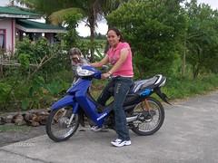 Filipina on a bike (JUST THE PHILIPPINES) Tags: girl beautiful asian asia pretty lipa manila filipino batangas ate filipina garcia oriental kuya jeepney calapan dose valenton batino
