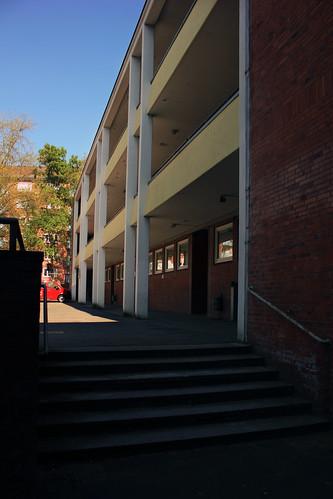 "Alte neue Muhliusgrundschule, Kiel (01) • <a style=""font-size:0.8em;"" href=""http://www.flickr.com/photos/69570948@N04/26641371200/"" target=""_blank"">View on Flickr</a>"