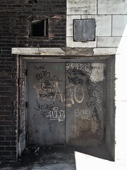 Urban Yin Yang (ikilledkenny1029) Tags: old building wall architecture graffiti weathered yinyang rundown