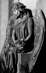Beauty (michael_hamburg69) Tags: flowers bw sculpture friedhof monochrome cemetery statue female angel germany deutschland blackwhite sitting ange hamburg skulptur sw engel ohlsdorf figur sitzend weiblich schwarzweis blumenstraus flowersinyourhair grabmalfamiliealexteetz