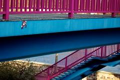 Klempner (Basileia Gorgo) Tags: camera bridge pink blue streetart stairs canon germany deutschland eos 50mm nintendo rosa mario treppe magdeburg plumber blau dslr brcke kamera supermario klempner saxonyanhalt sachsenanhalt spiegelreflex niftyfifty 550d eos550d
