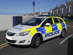 PSNI / Vauxhall Astra / Incident Response Unit (Nick 999) Tags: new blue ireland lights call bangor police led leds service irv northern incident brand astra vauxhall response unit 999 livery lightbar psni