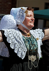 Middelburg Zeeland (Roelie Wilms) Tags: nederland zeeland traditionalcostume middelburg friesland klederdracht hylpen nostalgischedag aaldhylpen