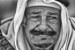 Tolerant Face :   (Sakhr Abdullah) Tags: old portrait black monochrome face sadness eyes sad time expression saudi arabia tradition wight tolerant