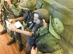 'Nam Group - Mail Call (Pickle Munkey) Tags: action vietnam figure soldiers 16 squad nam platoon