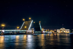 Dvorstovyy Most (AKfoto.fr) Tags: night long exposure russia most saintpetersburg vassilievski dvorstovyy