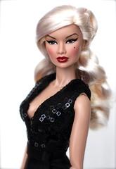 Fame Fable Kyori Sato (DK Dolls) Tags: new jason fashion fame blonde wu fr royalty fable sato integrity fr2 kyori