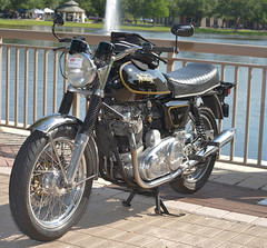 20160521-2016 05 21 LR RIH bikes show FL  0066