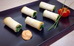 Come preparare dei cannoli ripieni alla crema di ricotta (RicetteItalia) Tags: food finger ricotta antipasti ricetta
