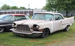 Chrysler 1958 (Drontfarmaren) Tags: show old classic cars car vintage iron gallery sweden american 1958 sverige chrysler crusing meet bilder sommar mariestad gamla 2016 bilar galleri crusin utställning bilträff jänkare drontfarmaren