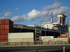 The United States. (S.S.) (buzmurdockgeotag) Tags: philadelphia boat ship historic philly docked oceanliner theunitedstates ssunitedstates unitedstatesoceanliner