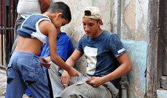 DSA_2431 (Dirk Rosseel) Tags: street playing game youth cards play havana cuba young habana