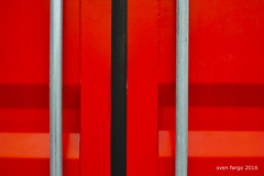 SDIM2221 Kopie (sven_fargo) Tags: vienna wien street city urban abstract color detail austria sterreich sigma odd f streetphoto dp2