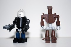 Lego Mid-Sized Groot and Young Justice Mr. Freeze (Lavapasta-lego) Tags: dc lego mr super galaxy freeze batman heroes superheroes marvel mcu guardians groot gotg