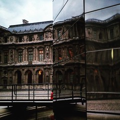 ALICE IN LOOKING GLASS #paris #palaisroyal #louvre #architecture #warp #twirl #distortion #glass #reflection #art #city #france #ua_iphoneography #agameoftones #vscoukraine #night (Volodymyr Iskra) Tags: city distortion paris france reflection art glass architecture night square louvre warp squareformat twirl palaisroyal juno iphoneography instagramapp uploaded:by=instagram uaiphoneography vscoukraine agameoftones