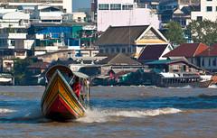 (seua_yai) Tags: river thailand boat asia southeastasia bangkok thai chaophrayariver