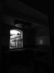 123.2016 (Francisco (PortoPortugal)) Tags: 1232016 20160618fpbo3290 pb bw monocrome urbex porto portugal portografiaassociaofotogrficadoporto light shadow interior franciscooliveira