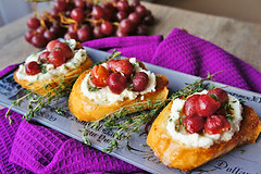 Roasted Grapes with Thyme and Ricotta on Grilled Bread (Kitchen Life of a Navy Wife) Tags: appetizer ricotta grilledbread roastedgrapes