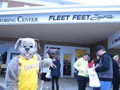 Beech Brook (20) (Moondog Mascot) Tags: 100k moondog cavaliers beechbrook 04222012 fleetfeetsports5k