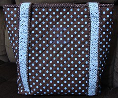 Bolsa Janelas da Catedral (Coisas de Arteira - Cinthia) Tags: seminole patchwork bolsa manta tecidos necessaire costuras frasqueira caminhodemesa capadegalo janelasdacatedral