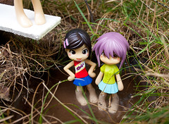 Summer Fun (PoppetCloset) Tags: trees summer pool grass forest swimming toy outside outdoors pond woods doll jungle figure barefeet pinkyst pinkystreet wading pc2027 kobato tsuruyasan pc2017