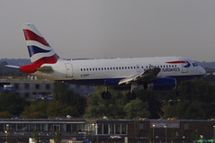 G-EUPP / Airbus A319-131 / 1295 / British Airways (A.J. Carroll) Tags: london heathrow airbus britishairways 1295 lhr 319 oneworld egll a319100 a319131 geupp 09l