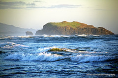 Pacific Serenity [Explored #65, July 15, 2012] (Gary Grossman) Tags: ocean beach oregon coast surf waves pacific shore serenity serene bandon goldenhour seastack mygearandme mygearandmepremium